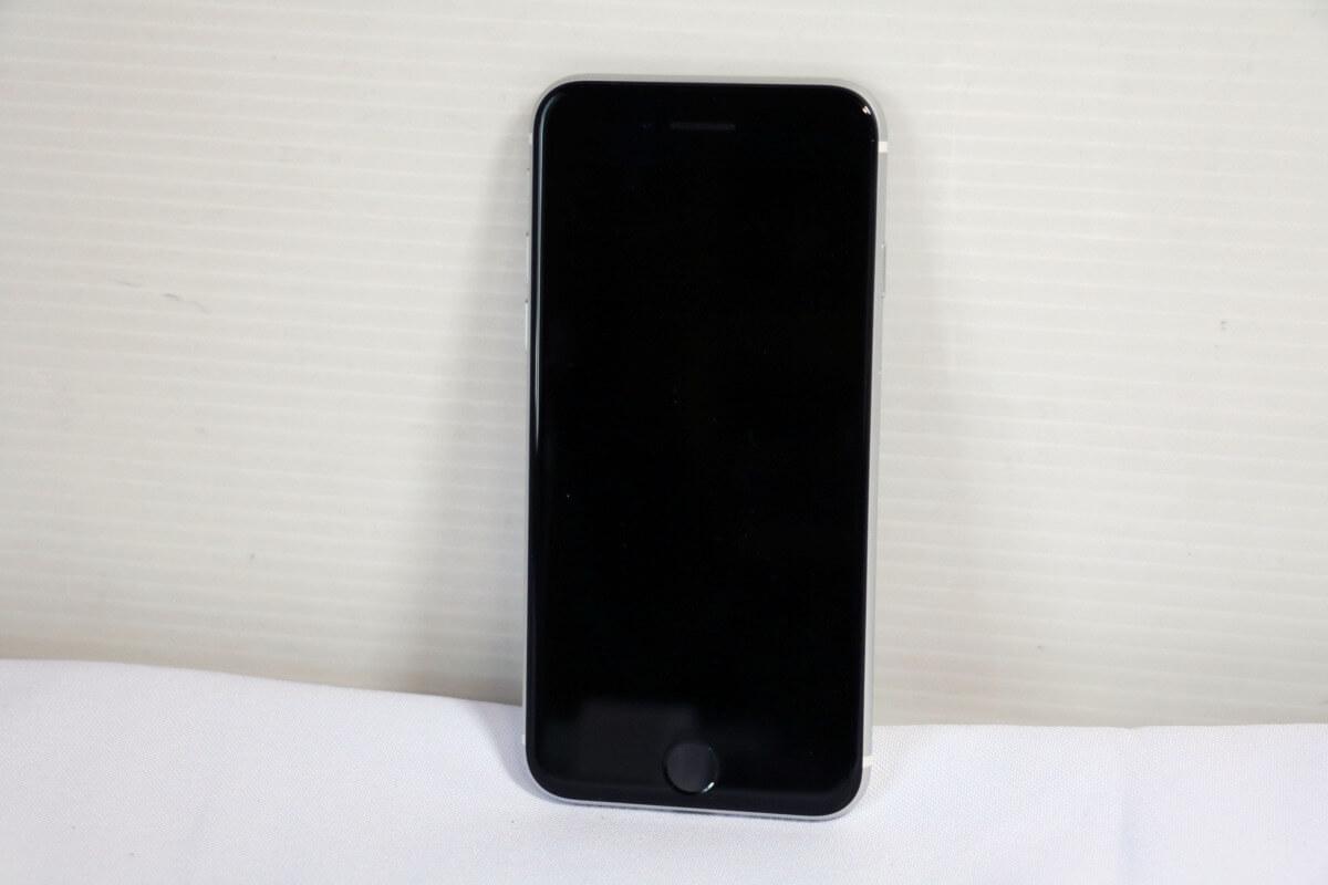 Apple iPhone SE 第2世代 MXD12J/A 128GB SIMフリー|中古買取価格40,000円